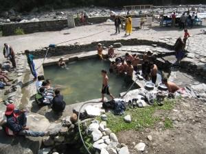 タトパニの温泉 2007 ジョムソン・トレッキング