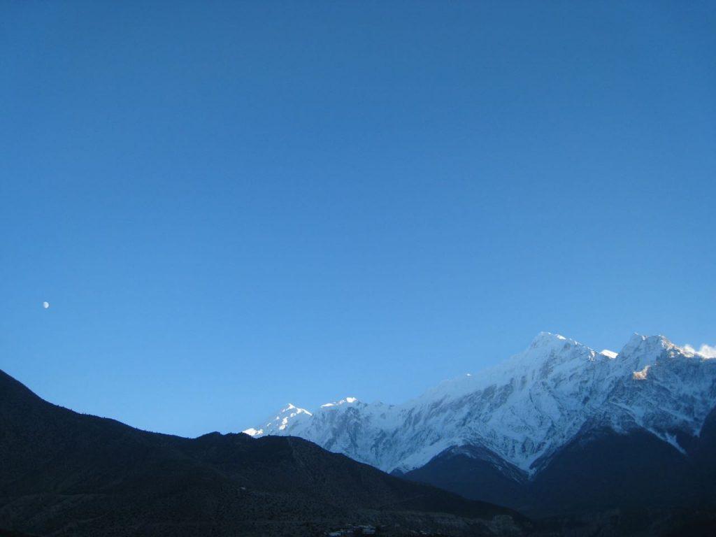 山が青く輝く 2007 ジョムソン・トレッキング