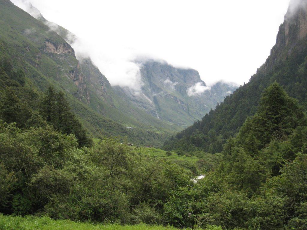 ゴラタベラからランタン谷を望む 2008 ランタン・トレッキング