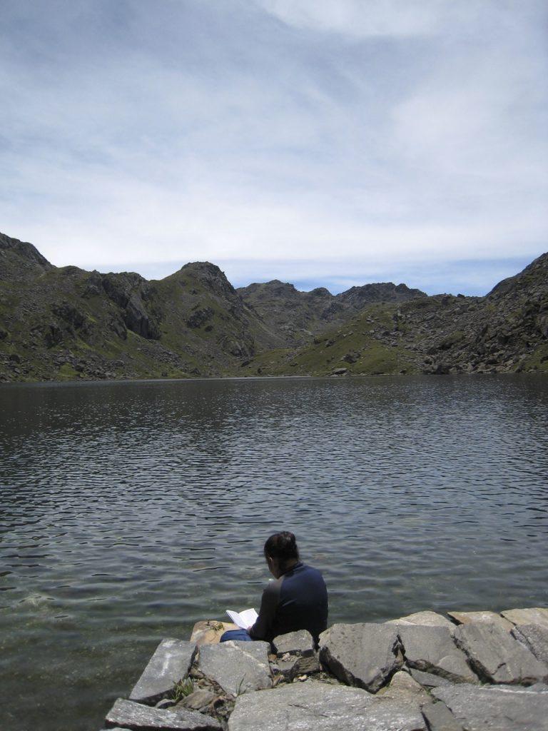 湖畔には私たちしかいない 2008 ランタン・トレッキング