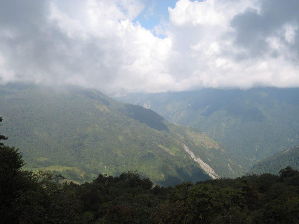 タダパニからチョムロン方向 2008 アンナプルナ・ベースキャンプ・トレッキング