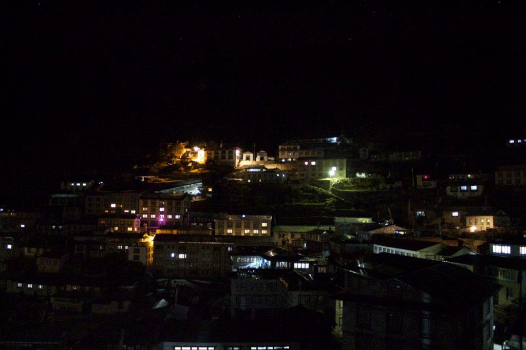 ナムチェ・バザールの夜 2010/11 ナムチェ・バザール・トレッキング