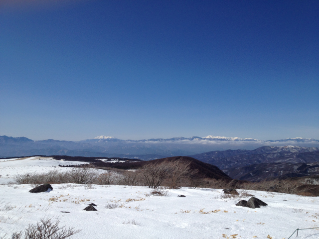 御岳と北アルプスかな 車山高原 2013年2月3日