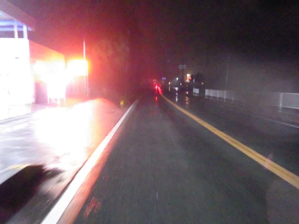 スタートから雨。しっかりと降っている 2015BRM307近畿300km松阪