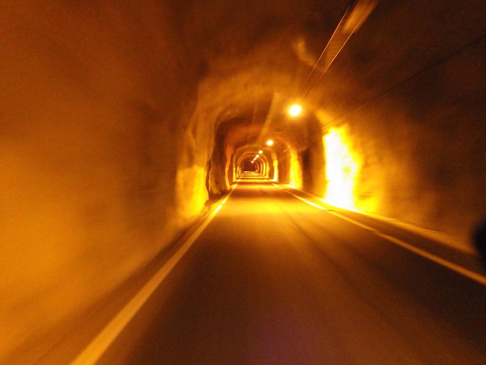 国道311号線にあるトンネル 素掘りに吹き付けが美しい 2015BRM307近畿300km松阪