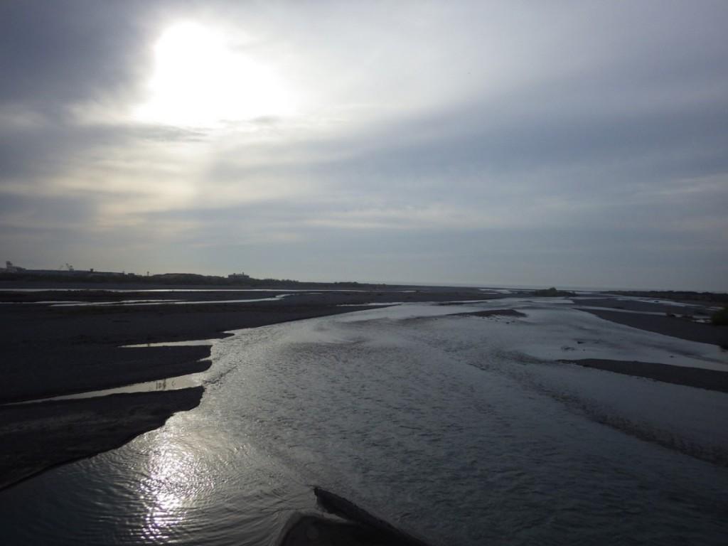 大井川河口を望む (2015BRM328井川300km)