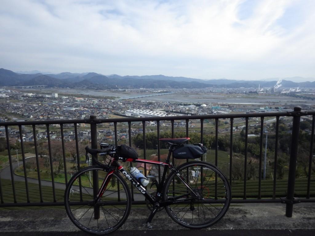 牧之原台地から島田市市街地方向を望む (2015BRM328井川300km)