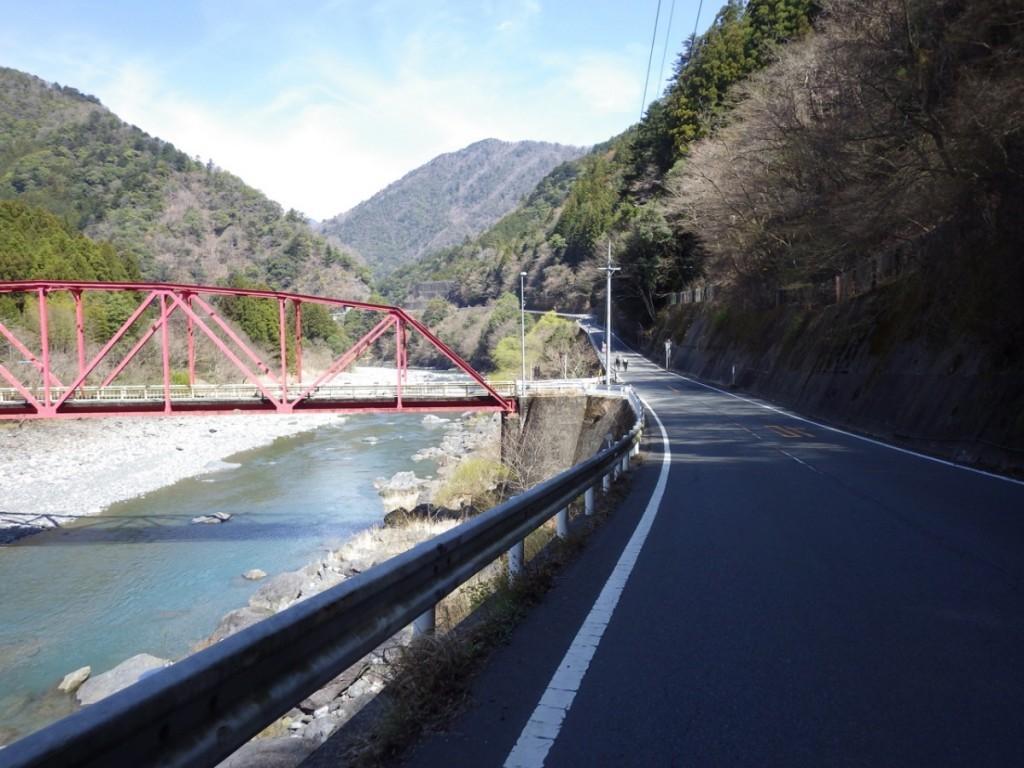長島ダムへの登り (2015BRM328井川300km)