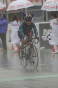 雨の中なんとかゴール 2013第4回スズカ8Hエンデューロ春SP