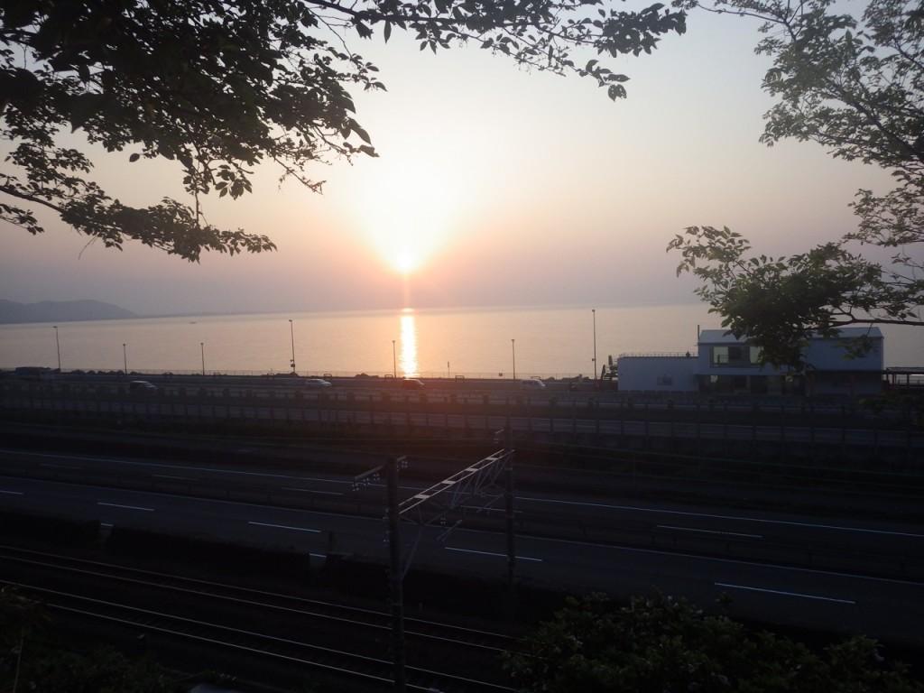 蒲原で日の出を望む (2015BRM425神奈川400興津)