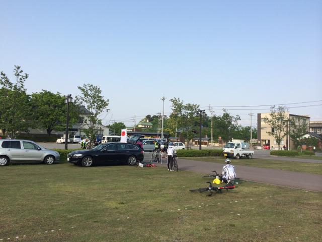 スタート会場は丸岡城そばの駐車場 2014 BRM510近畿300 丸岡