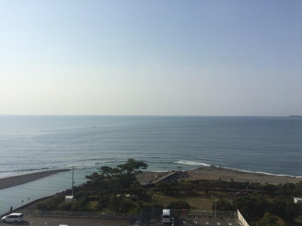 駿河健康ランドから望む太平洋。天気は良さそう (2015BRM425神奈川400興津)