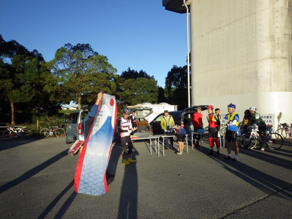 7時スタートグループのブリーフィング 2015 BRM1003静岡200
