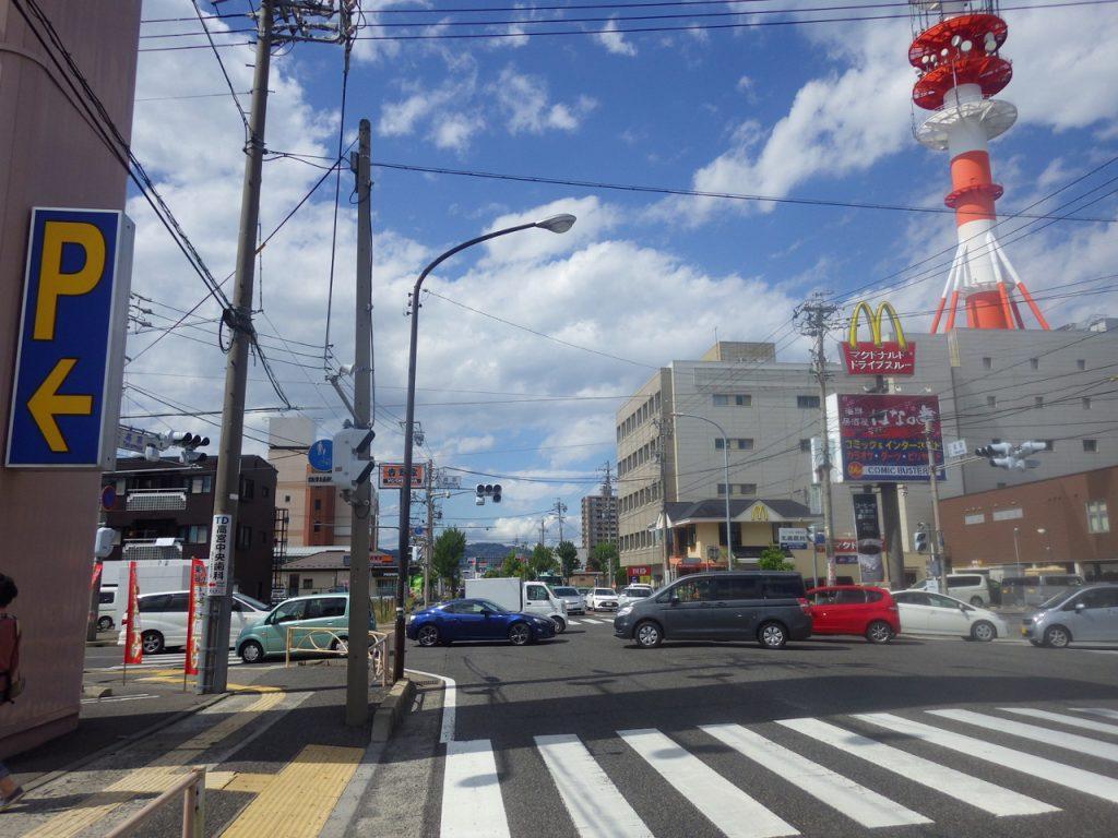 松本の市街地を抜ける