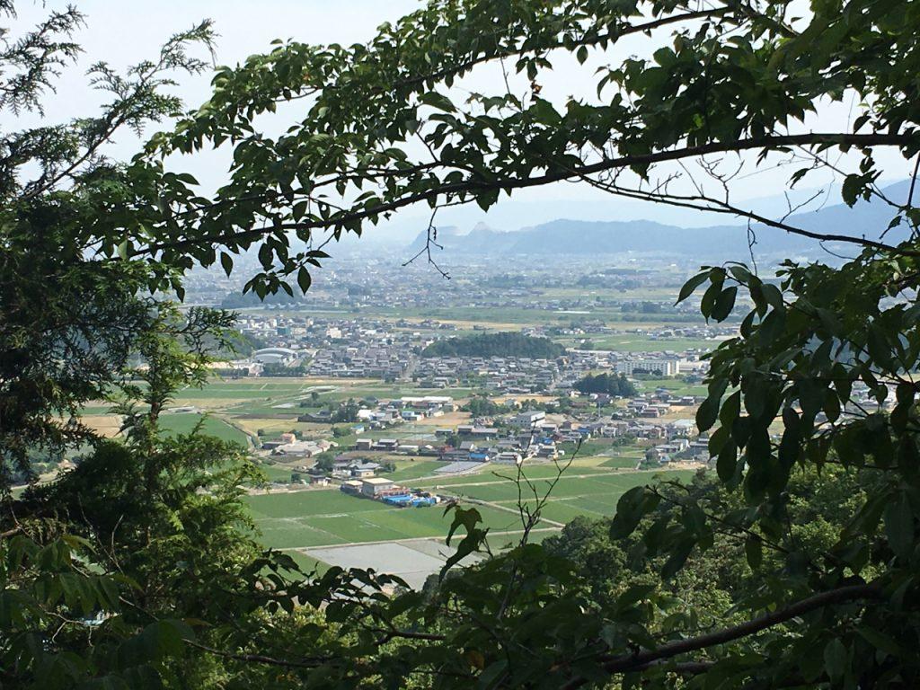 仁坂坂峠から揖斐川町市街