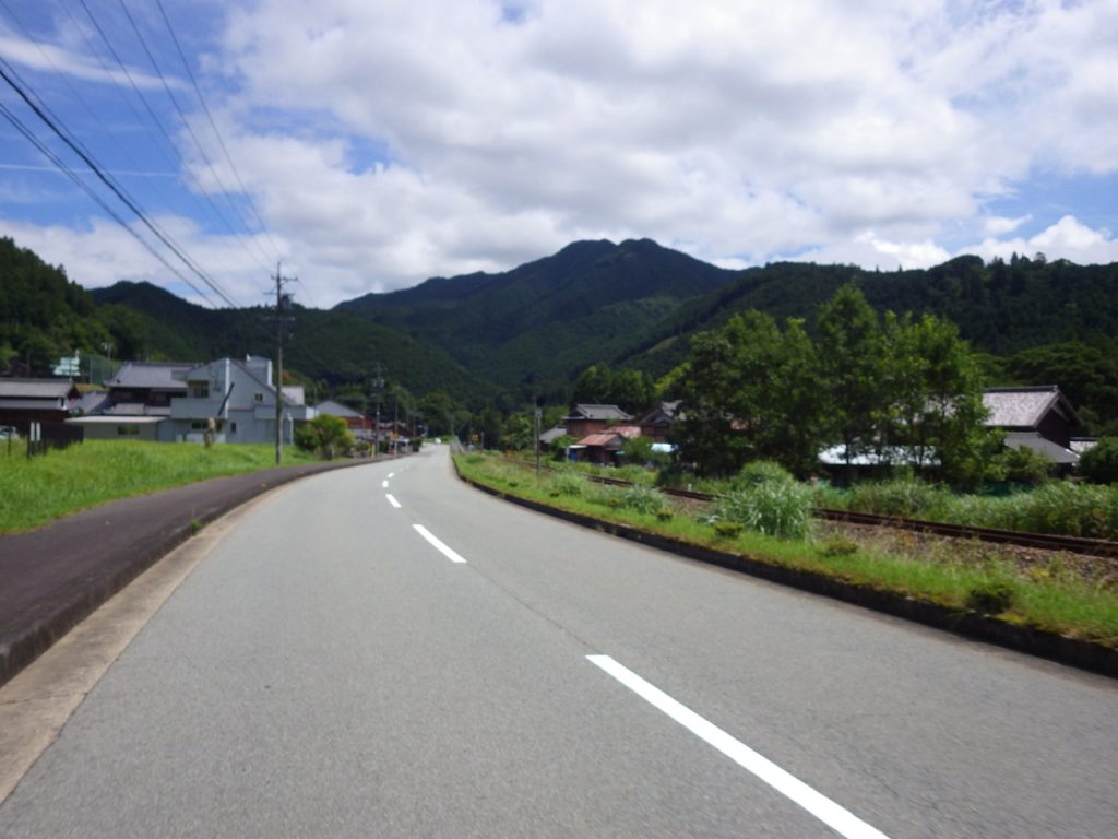 復活した名松線の線路